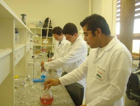 Os alunos da Fatec contam com laboratórios modernos em Capão Bonito (Foto: Reprodução Prefeitura de Capão Bonito)