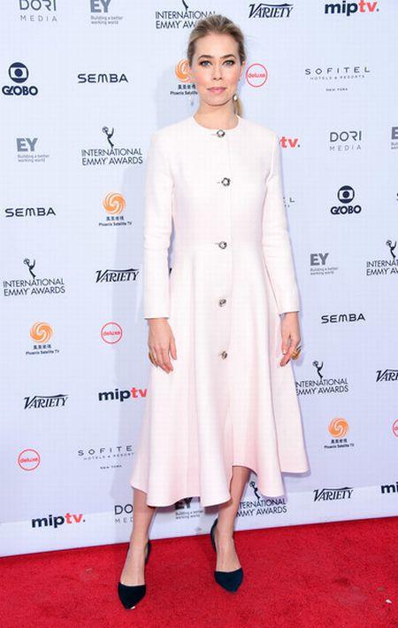 Look das famosas no Emmy 2016 Internacional