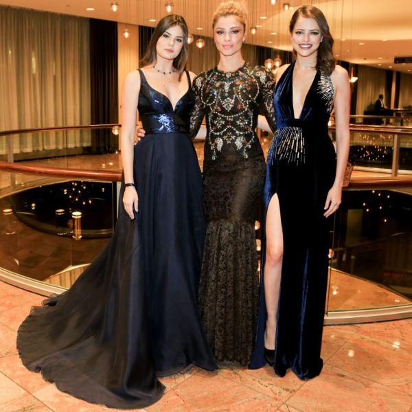 Look das famosas no Emmy 2016 Internacional (Foto: Reprodução internet)