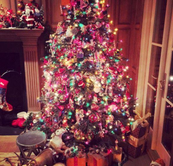 Árvore de Natal da Paris Hilton (Foto: Reprodução Instagram)