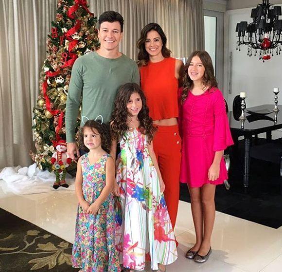 Rodrigo Faro e família (Foto: Reprodução Instagram)