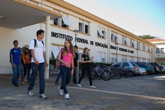 As vagas são para 12 unidades da instituição (Foto: Reprodução IFG)