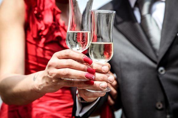 No jantar a dois para réveillon não pode faltar a champagne (Foto Ilustrativa)