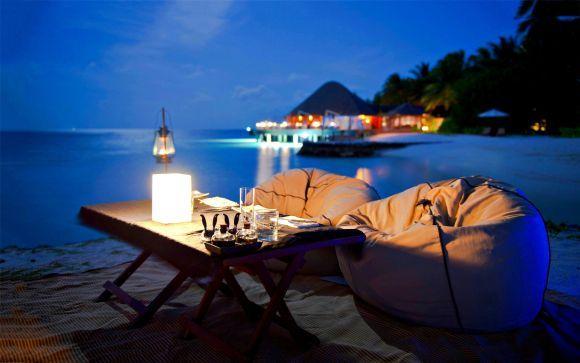 O jantar romântico na praia é outra ótima pedida (Foto Ilustrativa)