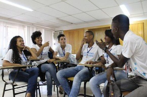 Centenas de jovens já passaram pelo programa (Foto: Reprodução Parque Social)