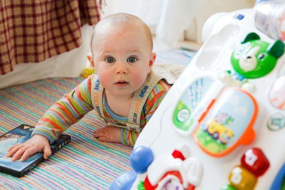 Os brinquedos também estão na lista de compras online (Foto Ilustrativa)