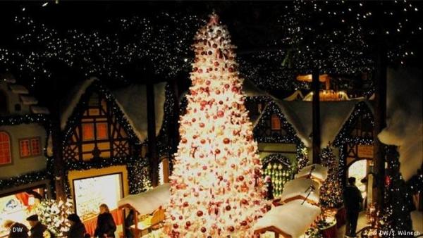 Árvore de Natal gigante