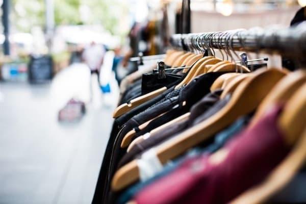 empregos temporários natal loja de roupas