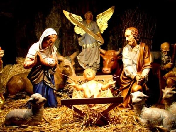 Os significados dos enfeites de Natal presépio