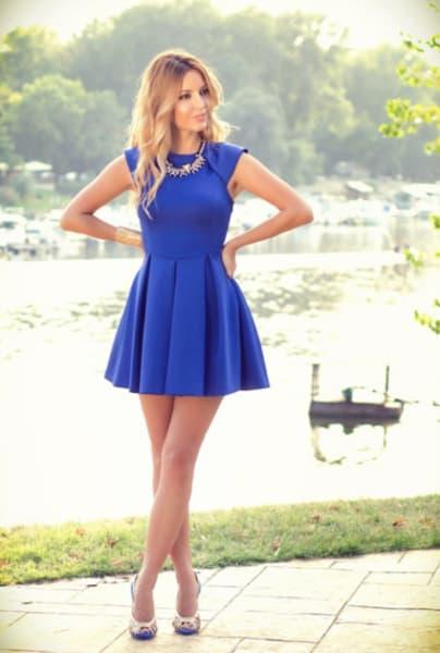 vestido para o reveillon curto azul royal