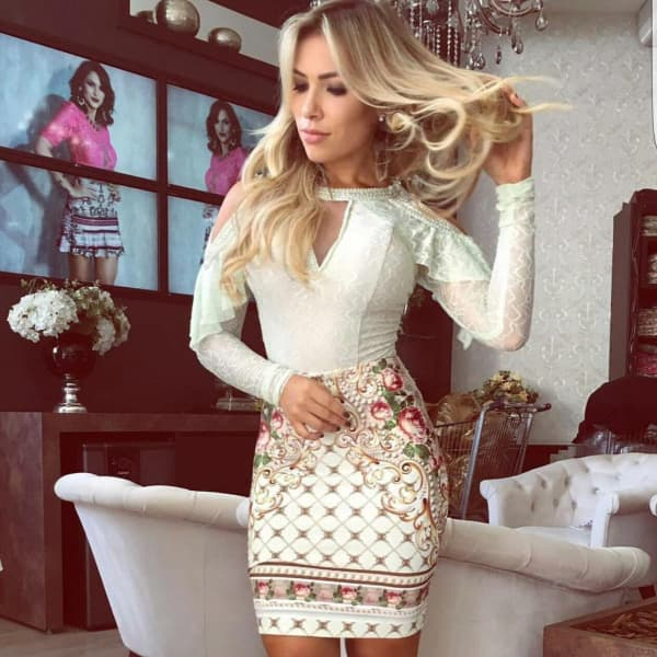 vestido para o reveillon curto de manga longa