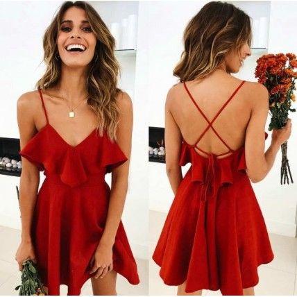 vestido vermelho de natal com babados e costas abertas