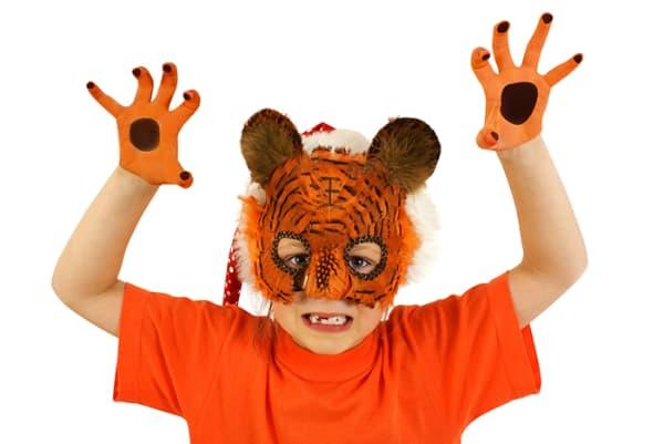 Modelos de máscara de Carnaval de tigre