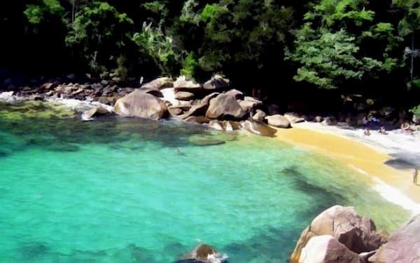 Angra dos Reis no Dia dos Namorados praia de águas claras