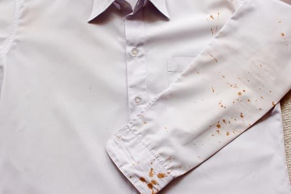 Como Remover Manchas de Roupas mancha de café