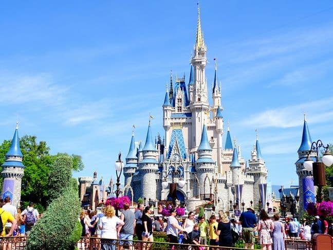 Parques de Diversão da Disney (1)