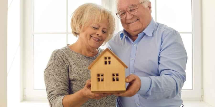 Câmara dá aval para 14º salário dos aposentados do INSS