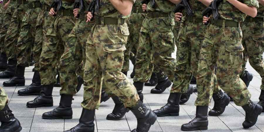 Denúncia exército paga o dobro em equipamentos de hospital para COVID-19