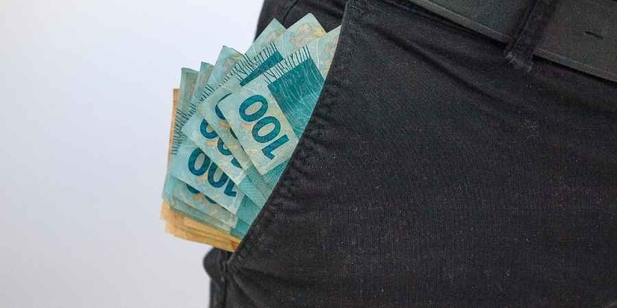 Limite da conta MEI pode subir para R$130 mil