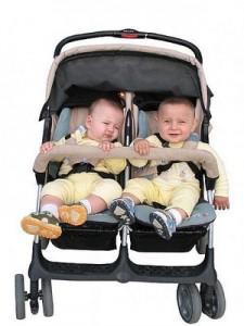 235680 Bebe 1 225x300 Dicas de Enxoval para Filhos Gêmeos