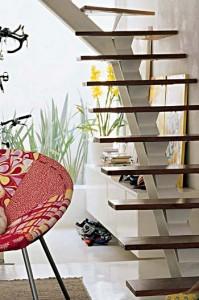 238356 Escada 2 199x300 Modelos de Escadas para Casas Pequenas, Dicas de Decoração
