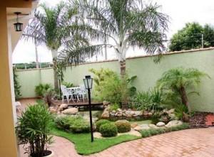 239298 como construir um lago artificial no jardim 1 300x221 Como Construir um Lago Artificial no Jardim