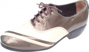 240708 sapato marrom e marfim 300x176 Sapatos Personalizados Masculinos