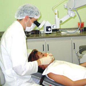 241995 dentista2 Empregos para Dentistas no Exterior