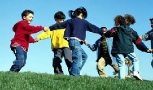 245055 brincadeira1 Brincadeiras Infantis pra Sala de Aula   Dicas