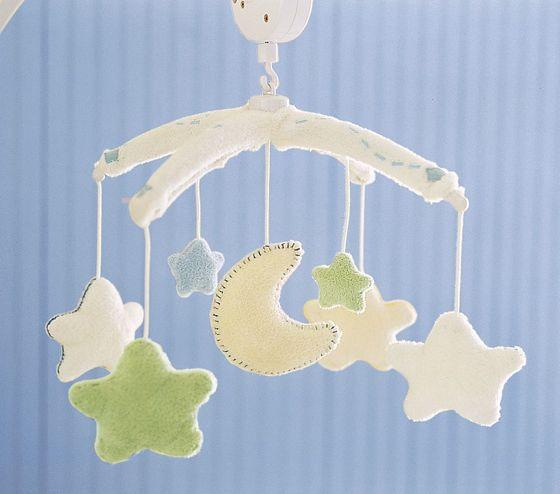262751 mobiles bebe01 Decoração para quartos de bebê: veja fotos
