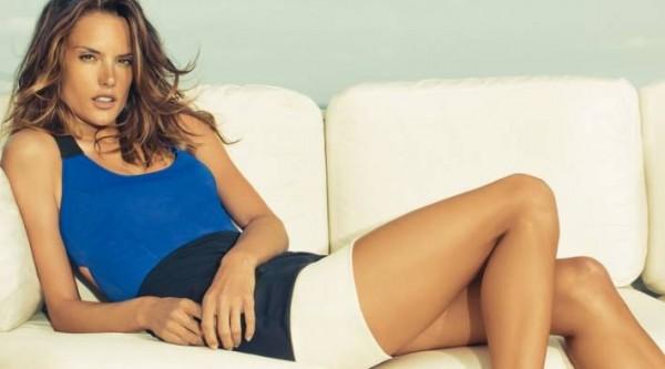 263765 colcci 600x333 Tendências de Blusas Femininas para o Verão 2012
