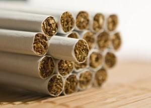 264140 cigarro 300x214 Fumantes: cigarro prejudica o coração, saiba o motivo
