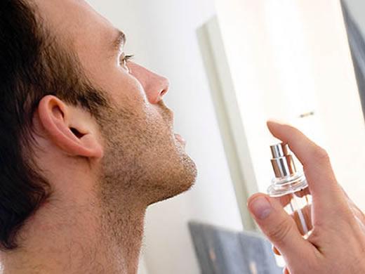 270601 perfume masculino Visual Masculino para Balada: Sugestões de Roupas