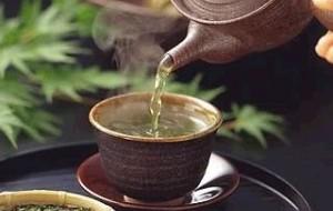 Receita de chá que acaba com a cólica