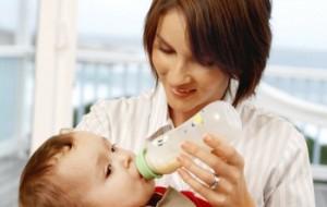Proibida a venda de mamadeiras de plástico fabricadas com bisfenol