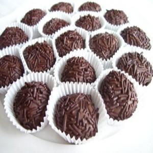 276535 receita de doces 1 300x300 Receitas de doces para festa infantil
