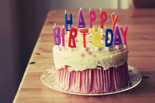 277727 300870 250771404961252 100000851848102 630755 96136352 n Celebridades que fazem aniversário no mês de outubro