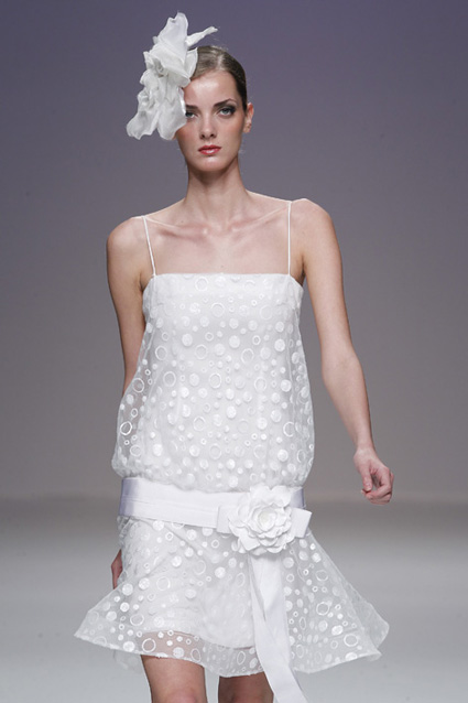 279184 Vestido de noiva retrô Vestidos de Noiva 2012