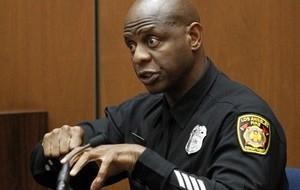 Paramédicos testemunham no 4º dia de julgamento do caso Michael Jackson
