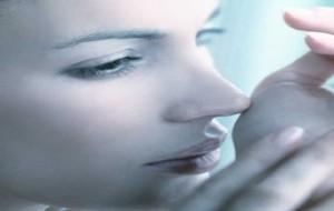 Fragrância: cheiro de perfumes varia de acordo com o tipo de pele