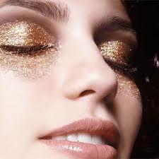 283159 images 2 Maquiagem metalizada veio para arrasar, veja dicas e produtos