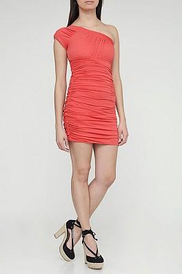 283694 ombro unico coleção Pitanga Modelos de vestidos que estão em alta na primavera