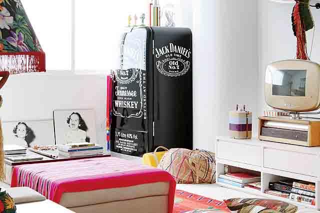 285903 geladeira pintada Maneiras criativas de mudar o visual da geladeira