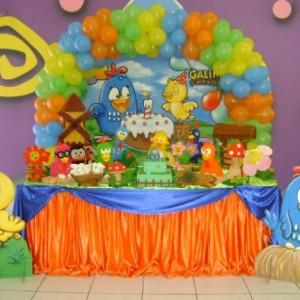 286352 galinha 2 300x300 Decoração de festa com o tema galinha pintadinha