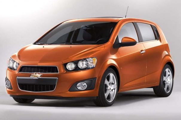 294214 sonic hatc001 960 6401 605x403 Novo Chevrolet Sonic 2012: preços, fotos