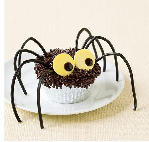 294367 aprenda a fazer decoracao de cupcakes para halloween9 Decoração de cupcakes para Halloween, dicas, fotos