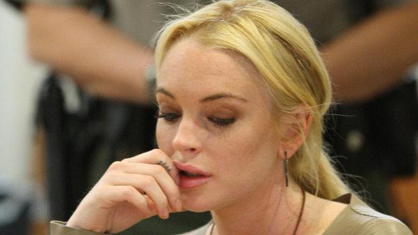 296389 Lindsay Lohan David McNew Pool Getty Images Justiça manda Lindsay Lohan trabalhar em necrotério