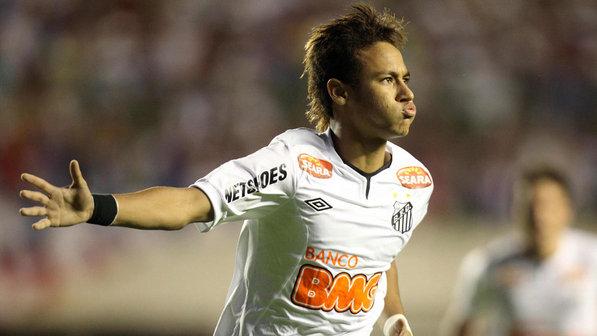 296724 Neymar2 Neymar faz golaço, Santos bate o Botafogo e mantém Timão na ponta