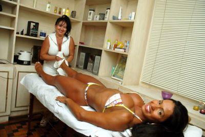 297247 massagem1 Entenda como funciona a massagem modeladora