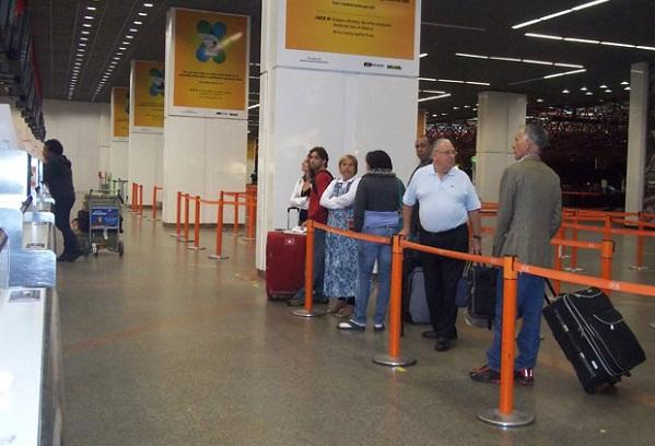 298029 bsb Apesar do segundo dia de greve nos aeroportos, voos não estão atrasados
